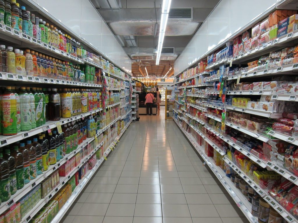 retail store cleaning - janitorial companies